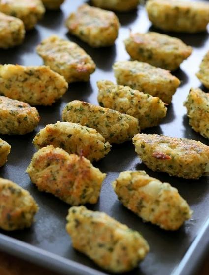 baked-cauliflower-tots-550x781
